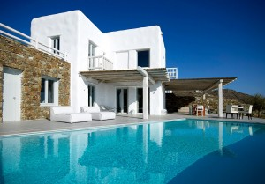 External view of the cycladic design Mykonos Ammos Villa, as seen from the end of the private pool.