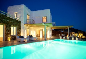 External view of the Luxury Mykonos Ammos Villa, as seen from the end of the private pool by night