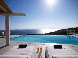 View of the sea as seen from the private pool of the Luxury Mykonos Ammos Villa in Houlakia.